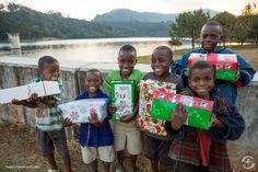 Operation Christmas Child: Teaching the Meaning of Giving Blueberry Dump Cakes, Backpack Tutorial, Child Sponsorship, Samaritan's Purse, Child Teaching, Altoids Tins, Operation Christmas Child, Origami Animals, Geek Crafts