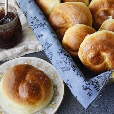 Rachel tosoian mtosoian on pinterest super easy dinner rolls that dont require a pastry attachment all you need forumfinder Images