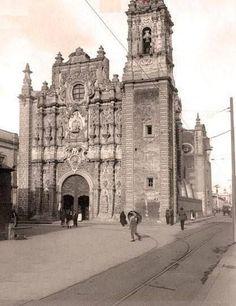 La Santísima Trinidad en 1916, en el barrio de Peralvillo, en la Ciudad de México.