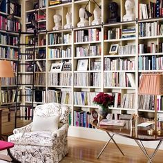 Bette Midler:Library: Architectural Digest