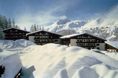 Get the Best Rates at http://www.lowestroomrates.com/avail/hotels/Italy/Livigno/Hotel-Intermonti.html?m=p  With a stay at Hotel Intermonti in Livigno (Valtelline Valley), you'll be minutes from Teola Pianoni Bassi Ski Lift and close to San Rocco Ski Lift. This 4-star hotel is within close proximity of Livigno Ski Area and Carosello Cable Car.  #HotelIntermonti #Livigno #SkiResortsItaly