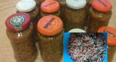 Křehké vepřové maso pečené po srbsku: jemně pikantní chuť vám naprosto učaruje - Korn, Evo, Salsa, Decoupage, Mason Jars, Chips, Favorite Recipes, Canning, Desserts