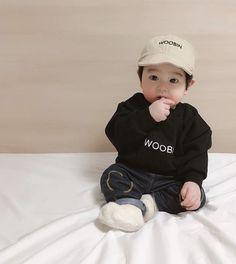 #detodo # De Todo # amreading # books # wattpad Cute Asian Babies, Korean Babies, Asian Kids, Cute Babies, Baby Swag, Cute Baby Videos, Cute Baby Pictures, Cute Little Baby, Little Babies