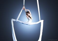 aerial silk dance, contortionist dance, aerial acrobats, aerial performer- videos, cirque performer pictures