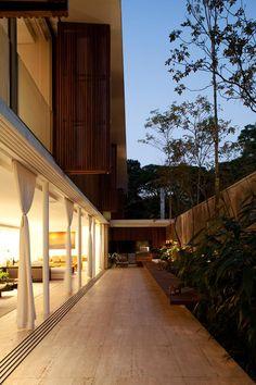Residência MAA   Bernardes + Jacobsen - Arquitetura