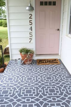 Stenciled outdoor tile #ihavethisthingwithfloors