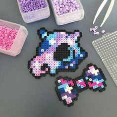 Galaxy Cubone with a galaxy bow tie. Pokemon Perler Beads, Diy Perler Beads, Perler Bead Art, Pearler Beads, Hama Beads Design, Hama Beads Patterns, Pixel Beads, Fuse Beads, Pixel Art