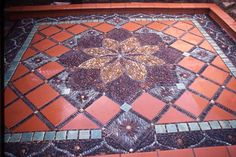 Stone Mosaic Patio Garden Design