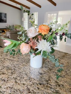 How to Style a Small Flower Arrangement Small Flower Arrangements, Small Flowers, Bud Vases, Lilac, Bouquet, Pastel, Table Decorations, Blog, House