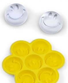 Smiling face ice case. This would be so cute for punch bowls.