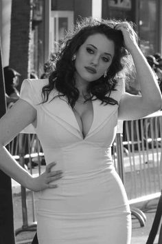Say No to Thinspo Tumblr, more photos of beautiful average and plus-sized women (Including the always gorgeous Kat Dennings)
