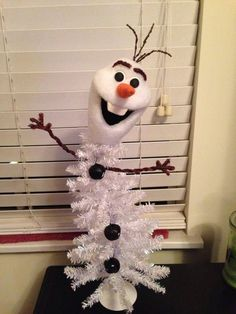 Olaf Christmas Tree