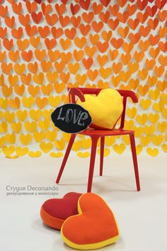 Стена из сердечек — яркая фотозона для романтических и семейных съемок | Decorsando.ru