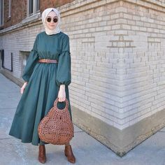 Hijab styles 298785756527898910 - Hijab Style Hijab Outfit Hijab fashion Source by Modern Hijab Fashion, Street Hijab Fashion, Abaya Fashion, Muslim Fashion, Modest Fashion, Fashion Dresses, Fashion Fashion, Fashion Today, Hijab Mode