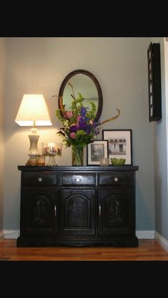 I need to make this flower arrangement for my vase on the hallway table.