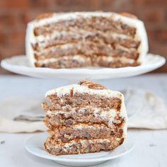 Der Kolibri-Kuchen ist eine süße Köstlichkeit aus den USA. Aber aufgepasst, für dieses Rezept benötigt man 4 Springformen.
