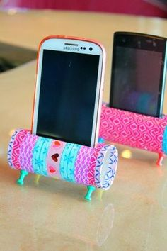 Re-purposing is all about creativity! Check out this Easy DIY Phone Holder, a fun and easy way to reuse and recycle those toilet paper rolls. by yolanda