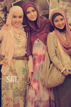 Hijabers at JFFF.