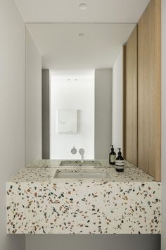 vosgesparis: LC Project by Belgian designer Nils van der Celen Terrazzo, Diy Bathroom, Bathroom Interior, Baths Interior, Bathroom Marble, Solid Wood Furniture, Large Furniture, Childrens Bathroom, Dining Table With Bench