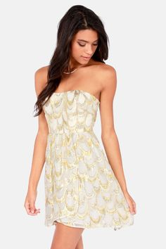 Aryn K Land of Silk and Honey Strapless #Gold #Dress Get 7% Cash Back http://www.studentrate.com/itp/get-itp-student-deals/lulu-s-Student-Discount--/0