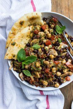 25. Mediterranean Bean Salad With Mushrooms #healthy #lettucefree #salad…