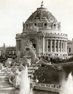 Who knew this was at Forest Park? Festival Hall and Cascades at 1904 worlds fair Baroque Architecture, Classic Architecture, Islamic Architecture, Historical Architecture, Beautiful Architecture, Monuments, Louisiana Purchase, Famous Architects, Renaissance