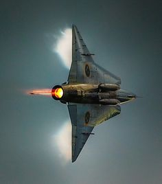 The Saab 35 Draken is a Swedish fighter aircraft developed and manufactured by Saab between 1955 and It was the first fully supersonic aircraft to be deployed in Western Europe. New Aircraft, Fighter Aircraft, Military Jets, Military Aircraft, Air Fighter, Fighter Jets, Saab 35 Draken, Jas 39 Gripen, Swedish Air Force