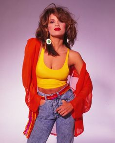 This outfit is worn by Vanessa Williams in the late The colors and big earrings are very The high waisted shorts were also popular at this time. 1980s Fashion Trends, 80s And 90s Fashion, Retro Fashion, Trendy Fashion, Vintage Fashion, Fashion Outfits, Fashion Kids, Party Fashion, Fashion Fashion
