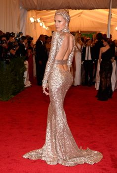Karolina Kurkova at 2012 Met Ball