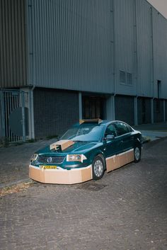 Armed with a few pieces of cardboard and masking tape, Max Siedentopf set out on the streets of Amsterdam looking for the most average cars he could find.
