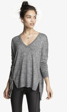 V,NECK DOUBLE ZIP VENT TUNIC SWEATER
