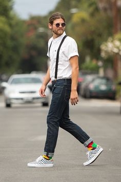 unique socks, happy socks, street look, urban Fall Outfits 2018, Fall Outfits For Teen Girls, Fall Outfits For School, Urban Fashion, Mens Fashion, Fashion Outfits, Boutique Accessoires, Hipster Jeans, Unique Socks