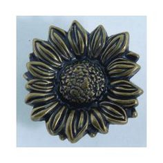 Atlas Homewares Sunflower Kitchen Cabinet Knob- Brushed Nickel A great idea for a Bathroom, laundry room, kid Kitchen Cabinet Knobs, Kitchen Cabinets In Bathroom, Cabinet Decor, Cabinet Handles, Kitchen Themes, Kitchen Ideas, Kitchen Decor, Cabin Ideas, House Ideas