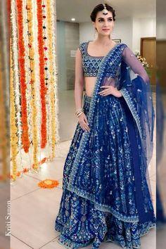 Buy Online Punjabi Wedding Lehenga Designer Collection Call/ WhatsApp us 77164 Lehenga Indien, Silk Lehenga, Royal Blue Lehenga, Blue Lengha, Lengha Choli, Sabyasachi, Indian Bridal Outfits, Indian Bridal Lehenga, Royals