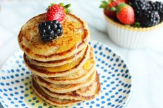 Do you wake up in the morning craving fluffy and sweet pancakes but don't want to intake 2,000 calories? Here is the best and easiest pancake recipe that will satisfy you. This recipe is dairy free, gluten free, refined sugar free and vegan! Crazy right? This recipe makes 10 small or 5 large pancakes.