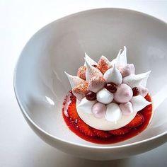 "Strawberry vacherin"" Incredible dessert by @cedricgrolet #ChefsPlating"