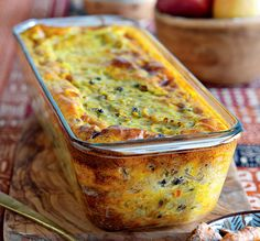 Vegetarian Bobotie_a South African adaption to the traditional meat Bobotie South African Dishes, South African Recipes, Indian Food Recipes, Vegetarian Recipes, Cooking Recipes, Curry Recipes, Vegetarian Tart, Africa Recipes, Braai Recipes