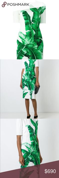 Dolce & Gabbana Banana Leaf-Print Dress, IT 38 White and green banana leaf print dress from Dolce & Gabbana featuring a round neck, short sleeves, a concealed rear zip fastening, a fitted silhouette, a rear central vent and a mid-length. Made in Italy Dolce & Gabbana Dresses Midi