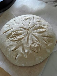 Speltti-emmer-hapanjuurileipä menossa uuniin Bread, Food, Brot, Essen, Baking, Meals, Breads, Buns, Yemek