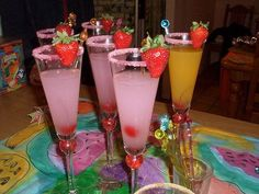 Fun Pink Drinks : theBERRY