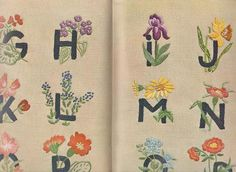 雄鶏社のかわいい刺繍図案帖 フランス刺繍3 - 旅する本屋 古書玉椿 北欧など海外の手芸本・絵本・フォークロア雑貨