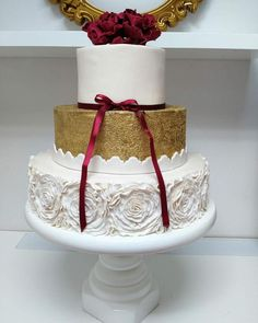 Ruffle wedding cake by Emina Elma