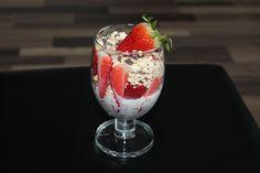 #erdbeeren #chiasamen #milk #drink #drinks #yummy #thirsty #instagood #cocktails #drinkup #glass #photooftheday #tagesforlikes