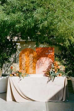 A colorful Palm Springs wedding that will have you smiling from ear to ear - 100 Layer Cake 100 Layer Cake, Wedding Reception, Reception Ideas, Party Entertainment, Warm Colors, Palm Springs, Spring Wedding, Big Day, Perfect Wedding
