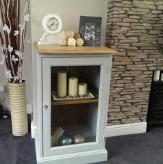 Gorgeous Shabby Chic Cabinet / Display Unit Stunning French upcycled cabinet in gray and pine. Furniture Projects, Furniture Makeover, Diy Projects, Repurposed Furniture, Painted Furniture, Upcycled Cabinet, Shabby Chic Cabinet, Drinks Cabinet, Small Cabinet