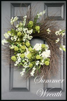 This would look so pretty on my red door!!!!    SUMMER WREATH TUTORIAL