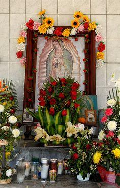 Mexican shrine ~senora de guadalupe ✶ La virgen