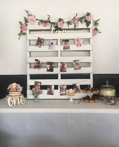 Floral first birthday. Pallet with pictures and flowers. Excited to share this Chic Floral Baby Blessing Luncheon with FREE printables here at Kara's Party Ideas. It's a Kara-styled event, so don't miss! First Birthday Themes, Baby Girl 1st Birthday, Birthday Party Decorations, First Birthday Pictures, 40th Birthday, Classy Birthday Party, 21st Decorations, Birthday Ideas, Shabby Chic Birthday
