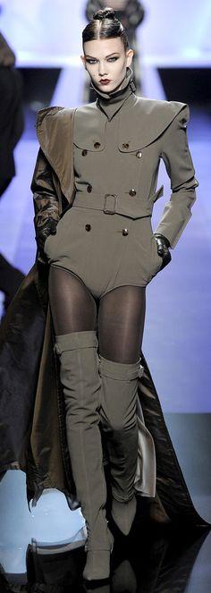 Jean Paul Gaultier Fall 2009 Couture - Women's Shoes - http://amzn.to/2gIrqH5