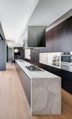 ⭐️Luxury Kitchens but too small